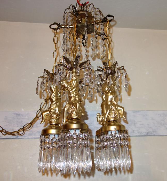 Cherub ceiling fixture Brass hanging crystal lamp chandelier Vintage 5-lights